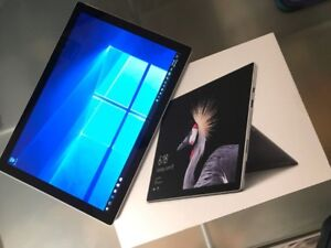 Microsoft Surface Pro 5 - 256GB / Intel Core i5 / 8GB RAM
