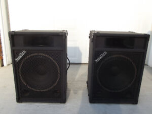 Soundtech Speakers