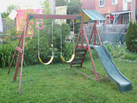 Module de jeux / Swing Set