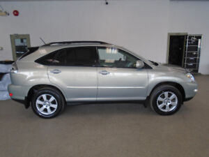 2004 LEXUS RX330 LUXURY SUV! ONLY 181,000KMS! ONLY $9,900!!!!