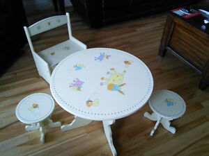 Children table with 2 stools and bench