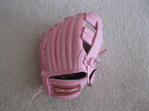 Spalding Pink T100 Kids Baseball Glove