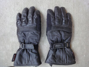 Power Trip riding gloves