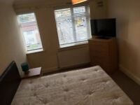 Stunning large Double Room available for Quick move / NORTH HARROW - £125 / WEEK