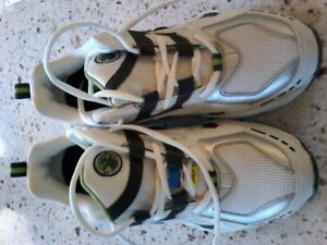 moosehead safety shoes, brand new