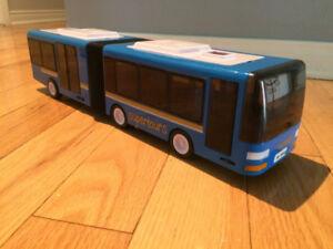 Germany SIMBA bus autobus jouet tres realsite metro montreal