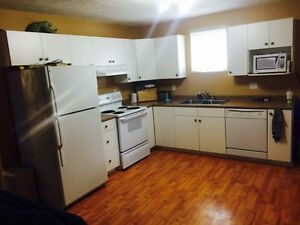 ALL INCLUSIVE ROOM FOR RENT! HEATS LIGHTS INTERNET SATELLITE!
