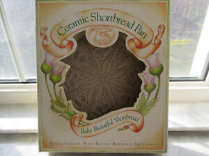 Scottish Thistle Shortbread Cookie Pan New in the Box