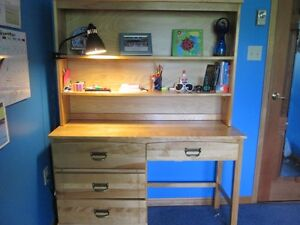 Awesome Solid Wood Bedroom Set