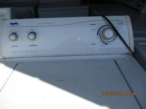 INGLIS  WASHER VERY CLEAN