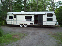 Roulotte Belair 1992, 36 pi. $ 1750.