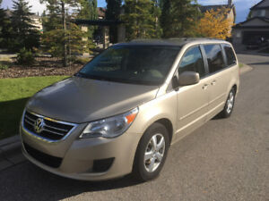 Mint 2009 VW Routan Trendline