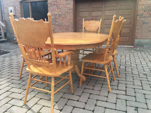 Wood Kitchen Table Oakville / Halton Region Toronto (GTA) image 2