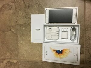 UNLOCKED Brand New iPhone 6S 32GB Gold