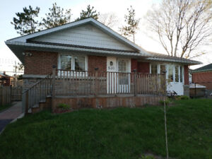 High Speed Internet and Hydro Included! Nice 3 Bedroom Bungalow