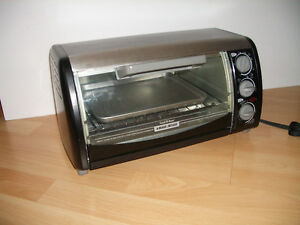 """"""""""" Black & Decker """""""" ------- Toast - R - Oven ---- 1 time used"""