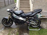 Yamaha exup. 1000. Yamaha R1. Rolling project. Spares or repairs.