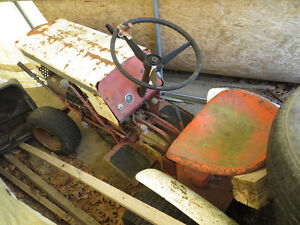 Antique Case Hydrostic Lawn Tractor model 130