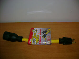 Adapter - 15 Amp - Twist Lock to Normal Extention Cord