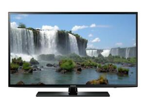 SAMSUNG 55 LED SMART TV *NEW IN BOX*