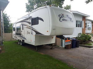 Fifth wheel Cardinal 2008 M-30RK