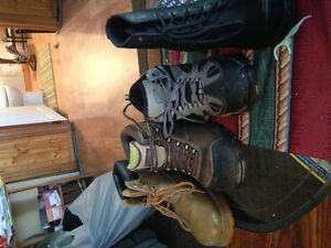 Work boots etc Cornwall Ontario image 2