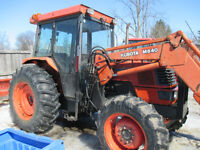 Kubota M8200  with 640 loader