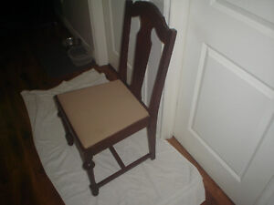 Older T back side chair Kawartha Lakes Peterborough Area image 2