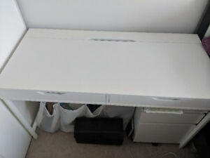 Selling table