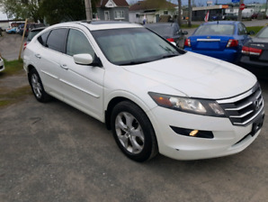 """2010 Honda Crosstour """"Safety"""" one owner !!"""