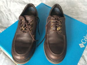 Souliers/chaussures Panama Jack Gore-tex 44 (10 US) comme neufs!
