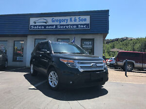 2015 Ford Explorer XLT , Loaded, Navagation, Leather!!!!!!!!