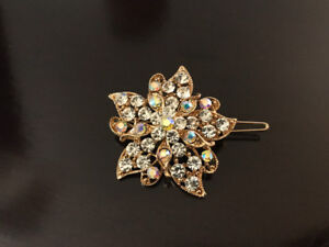 Gold crystal brooch - brand new, never used