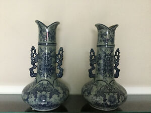 Chinese blue vases and pots
