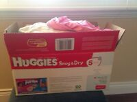Box of 40 items of clothing, 12-24 months