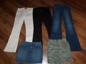 PANTALONS VICTORIA'S SECRET ET JUPES OLD NAVY  *XS *