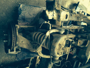 2004 fx4 front and rear diffs with transfer case and driveshafts