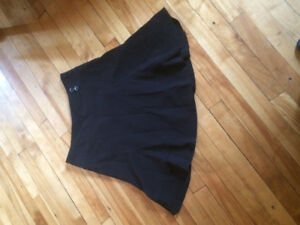 Black skirt, size 7