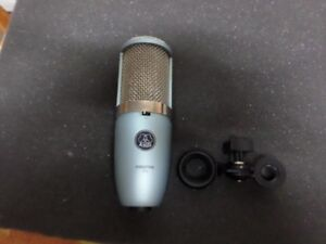AKG 420 microphone  to trade for bass drum