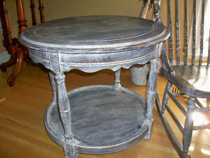 Solid Oak round table London Ontario image 1