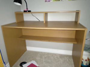 Office desk - 3.5 feet wide
