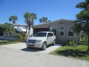 Mobile home for rent at Fort Myers for April 2017