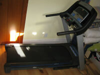 Horizon treadmill -like new