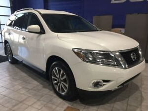 2014 Nissan Pathfinder   Path Finder W\AWD,Backup Camera