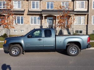 2010 GMC Sierra 1500 extended cab - Excellent condition