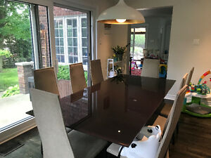 $300 Beautiful Modern Dining Room Table