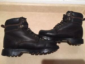 Men's Road Mate Rugged Waterproof Boots Size 8 London Ontario image 3