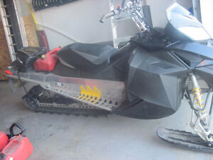 WIFES 2008 Ski Doo Summit 154 serviced and ready for snow