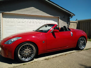 2006 Nissan 350Z Grand Touring Roadster: 2 owners, no winters