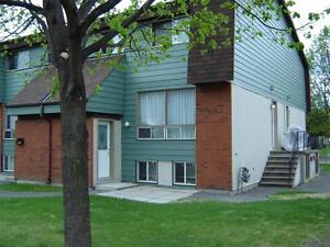 Bells Corners (Sonnet) 3 Bedroom Townhome For Rent
